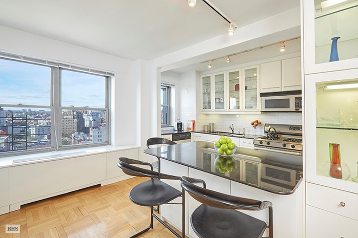 Additional photo for property listing at 2 FIFTH AVENUE  New York, Nueva York,10011 Estados Unidos