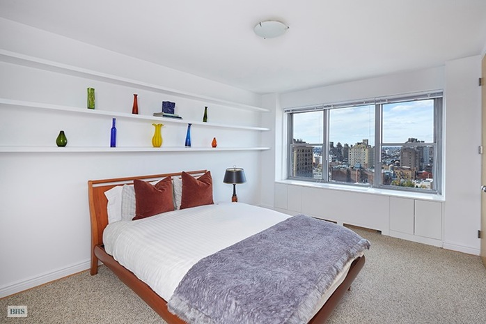 Additional photo for property listing at 2 FIFTH AVENUE  New York, New York,10011 États-Unis