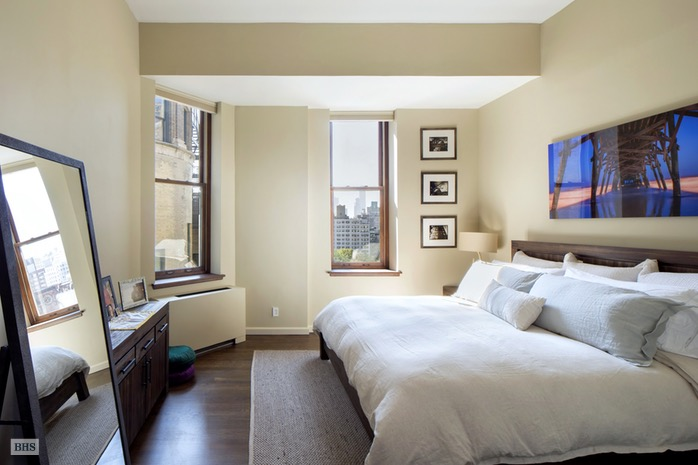 Additional photo for property listing at 305 SECOND AVENUE  New York, New York,10003 États-Unis