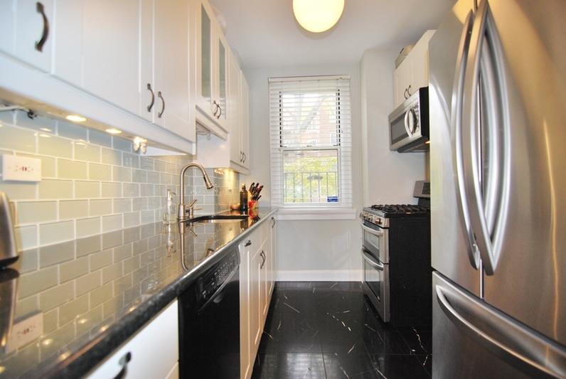 3442 80th Street, Jackson Heights, NY - USA (photo 5)