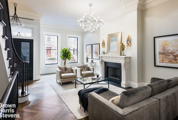 Single Family Home for Sale at 31 WEST 89TH STREET New York, New York,10024 United States