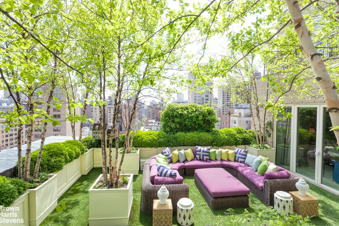 Condominium for Sale at 995 FIFTH AVENUE New York, New York,10028 United States
