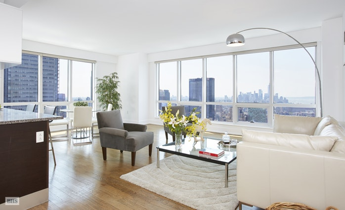 350 West 42nd Street 54G, Midtown West, NYC, $2,595,000, Web #: 17009812
