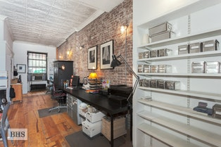 140 WEST 83RD STREET PARLOR