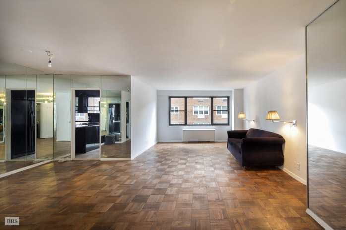 175 East 74th Street 10Cd, Upper East Side, NYC, $1,475,000, Web #: 17223268