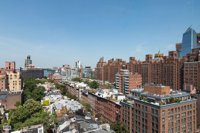 360 West 22nd Street, Chelsea, NYC, $3,640,000, Web #: 17403152