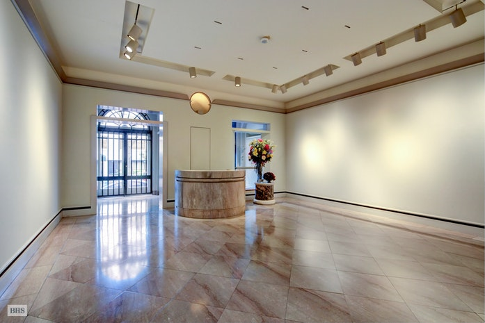 11 East 70th Street, Upper East Side, NYC, $16,750,000, Web #: 17418678