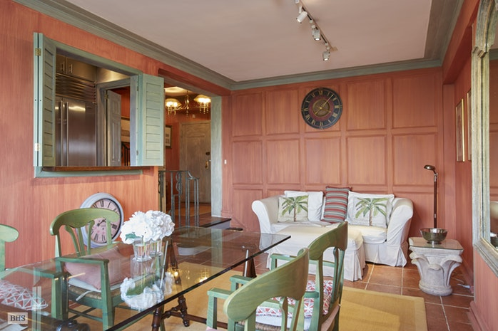 25 Central Park West, Upper West Side, NYC, $2,800,000, Web #: 17419920