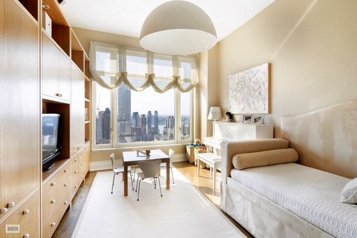 15 Central Park West 34C, Upper West Side, NYC, $51,000, Web #: 17439671
