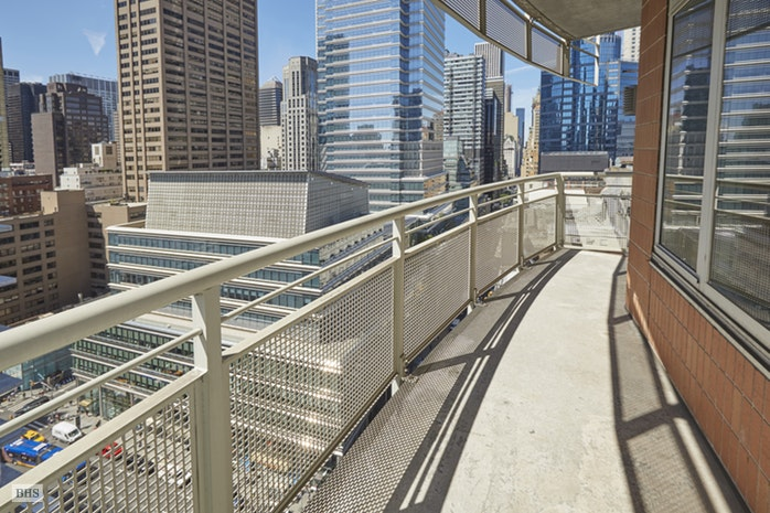 205 East 59th Street 18B, Midtown East, NYC, $7,000, Web #: 17626426