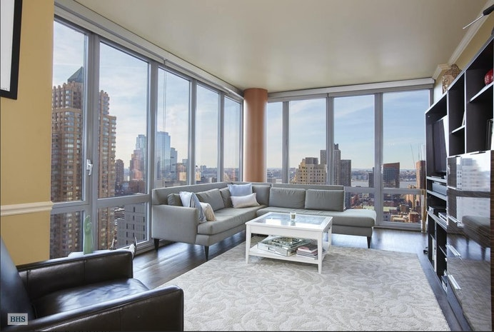 310 West 52nd Street 22B, Midtown West, NYC, $2,349,000, Web #: 18009186