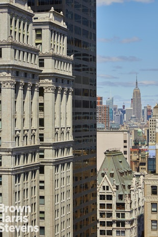 15 Broad Street 3710, Financial District, NYC, $2,695,000, Web #: 18393024