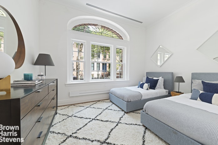 320 East 82nd Street Maisonette, Upper East Side, NYC, $6,500,000, Web #: 18460254