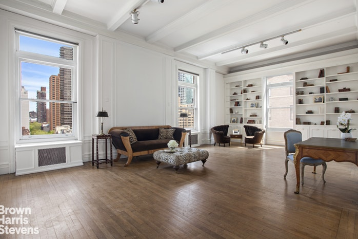 563 Park Avenue 9E, Upper East Side, NYC, $3,500,000, Web #: 18525635