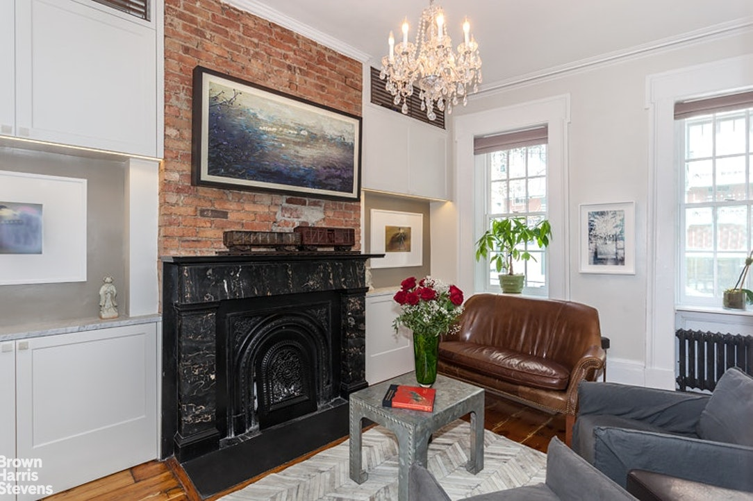 92 Bank Street 1A, West Village, NYC, $9,000, Web #: 18645247