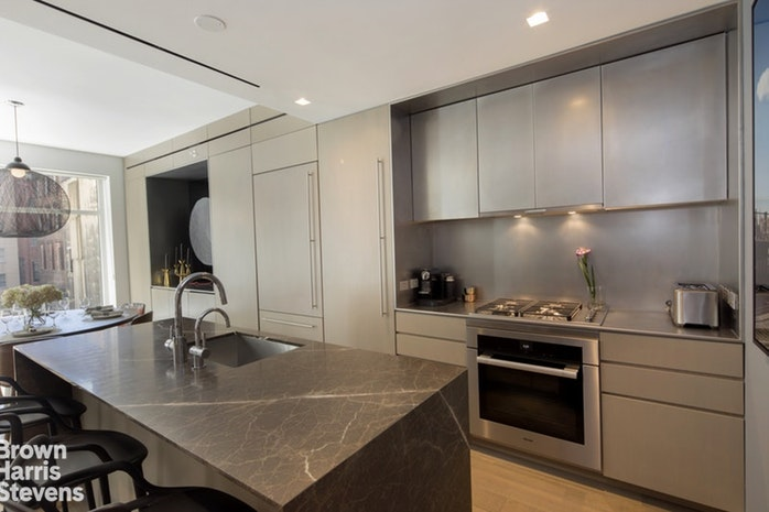 21 West 20th Street 3, Flatiron, NYC, $9,500, Web #: 18984519