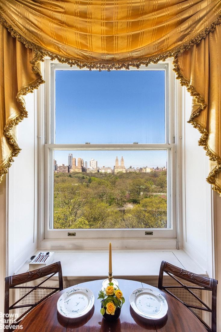 927 Fifth Avenue Interior Photo