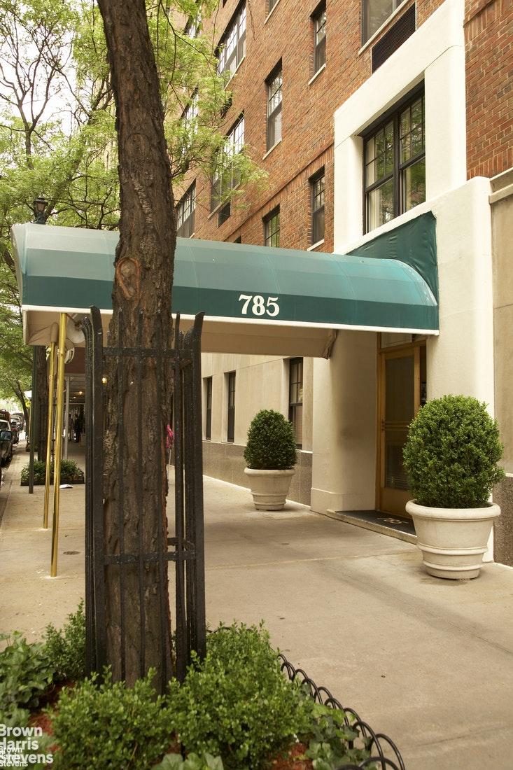 785 Park Avenue Upper East Side New York NY 10021