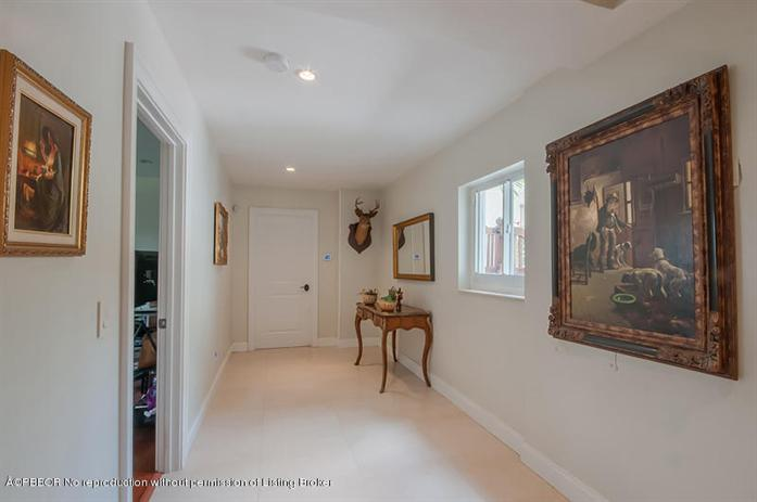 Additional photo for property listing at 201 Pershing Way  West Palm Beach, 佛羅里達州,33401 美國
