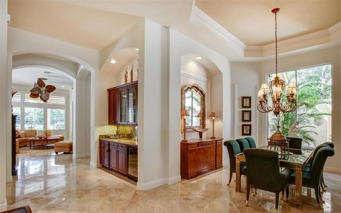 Additional photo for property listing at 121 San Marita Way  Palm Beach Gardens, Florida,33418 United States