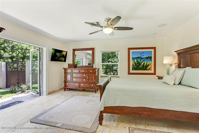 Additional photo for property listing at 121 Potter Road  West Palm Beach, Florida,33405 United States
