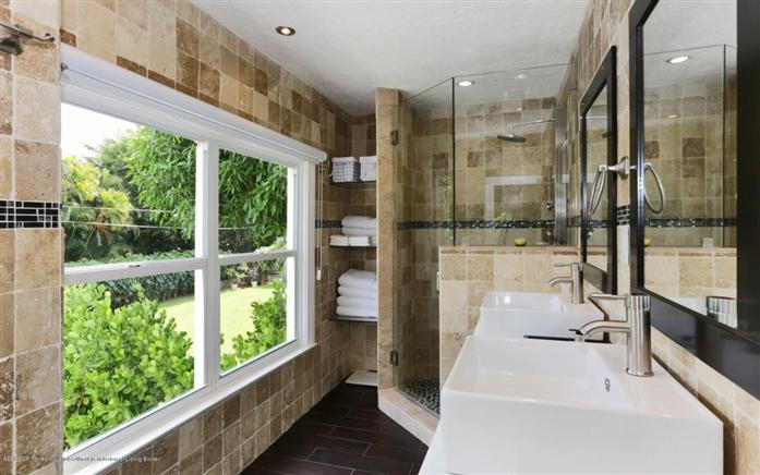 Additional photo for property listing at 194 Pershing Way  West Palm Beach, 플로리다,33401 미국