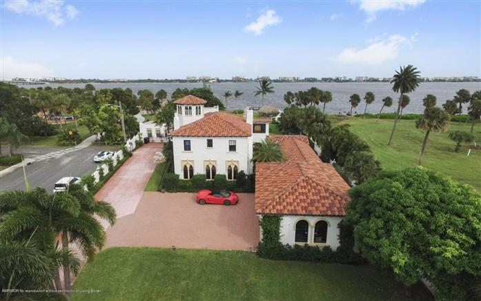 Maison unifamiliale pour l Vente à 1 5th Av Lake Worth, Florida,33460 États-Unis