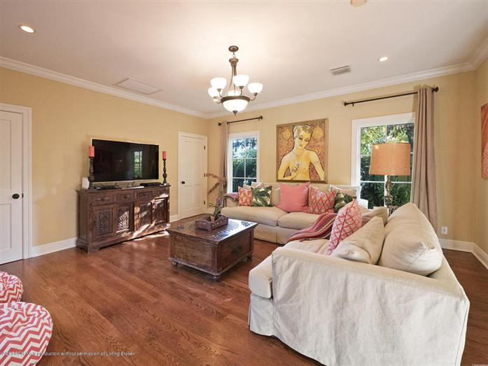 Additional photo for property listing at 235 Russlyn Dr  West Palm Beach, 佛羅里達州,33405 美國