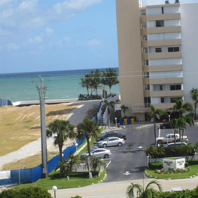3581 S Ocean Boulevard 5a, South Palm Beach, FL - USA (photo 1)