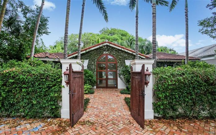 Additional photo for property listing at 3020 Dixie Hwy  West Palm Beach, Florida,33405 États-Unis