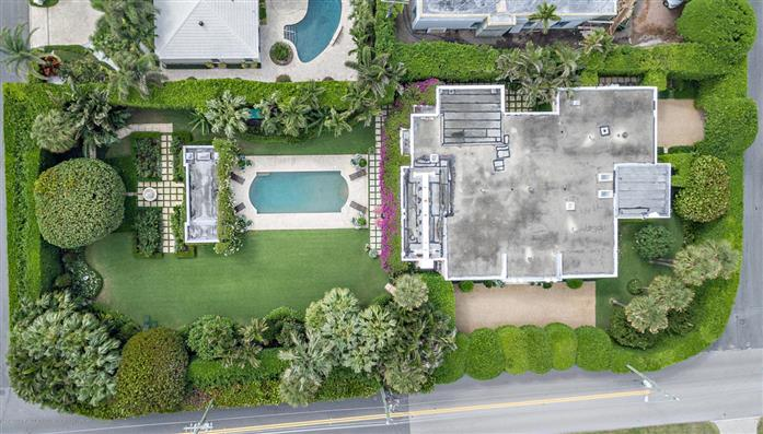 960 N Ocean Blvd, Palm Beach, Florida, $9,995,000, Web #: 2000089615