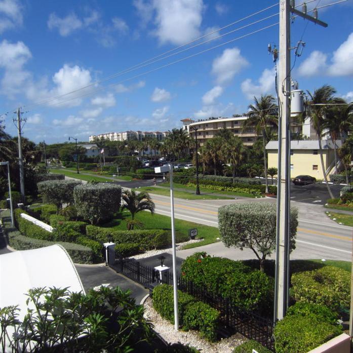 3590 S Ocean Boulevard 310, South Palm Beach, FL - USA (photo 1)