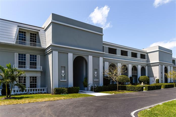 2160 Ibis Isle Road 5, Palm Beach, Florida, $1,145,000, Web #: 2000133330