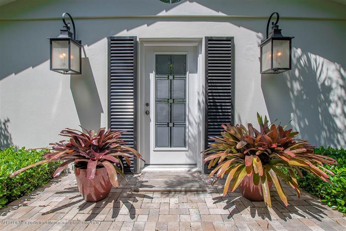 306 Granada Road, West Palm Beach, FL - USA (photo 2)