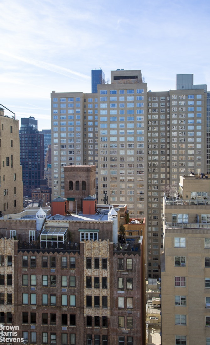 Apartment for sale at 303 East 57th Street, Apt 21A