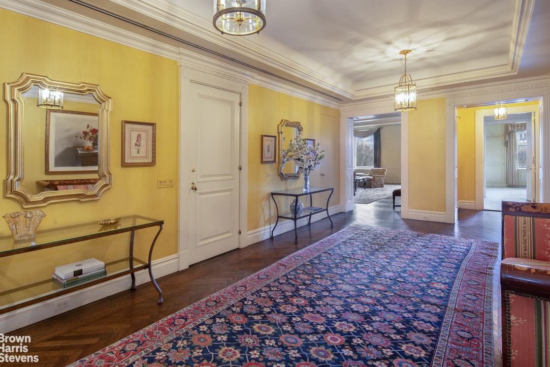 1107 Fifth Avenue Interior Photo