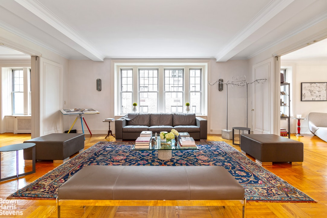 875 Park Avenue Interior Photo