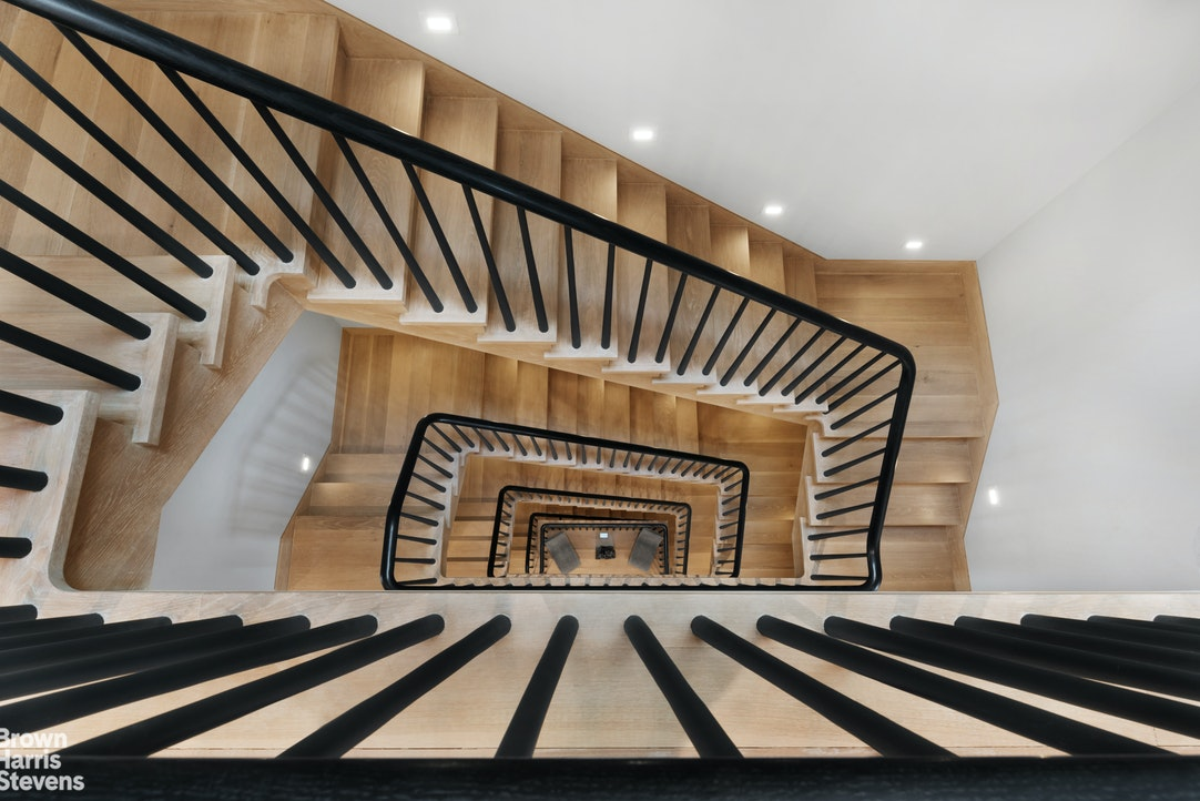 118 West 76th Street Interior Photo