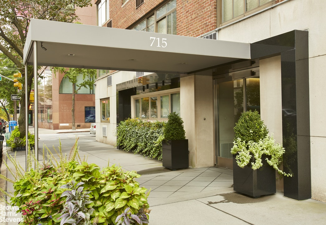 715 Park Avenue Upper East Side New York NY 10021