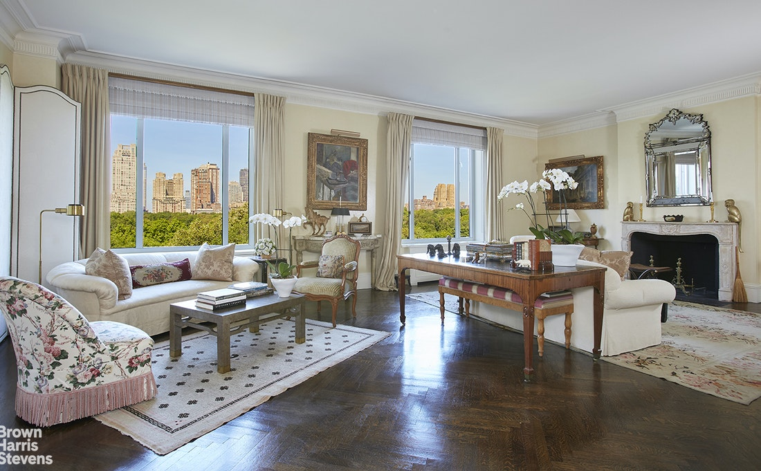 810 Fifth Avenue Interior Photo