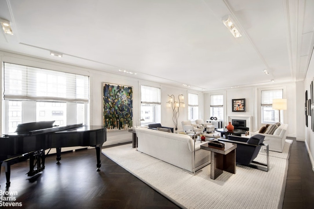 525 Park Avenue Interior Photo