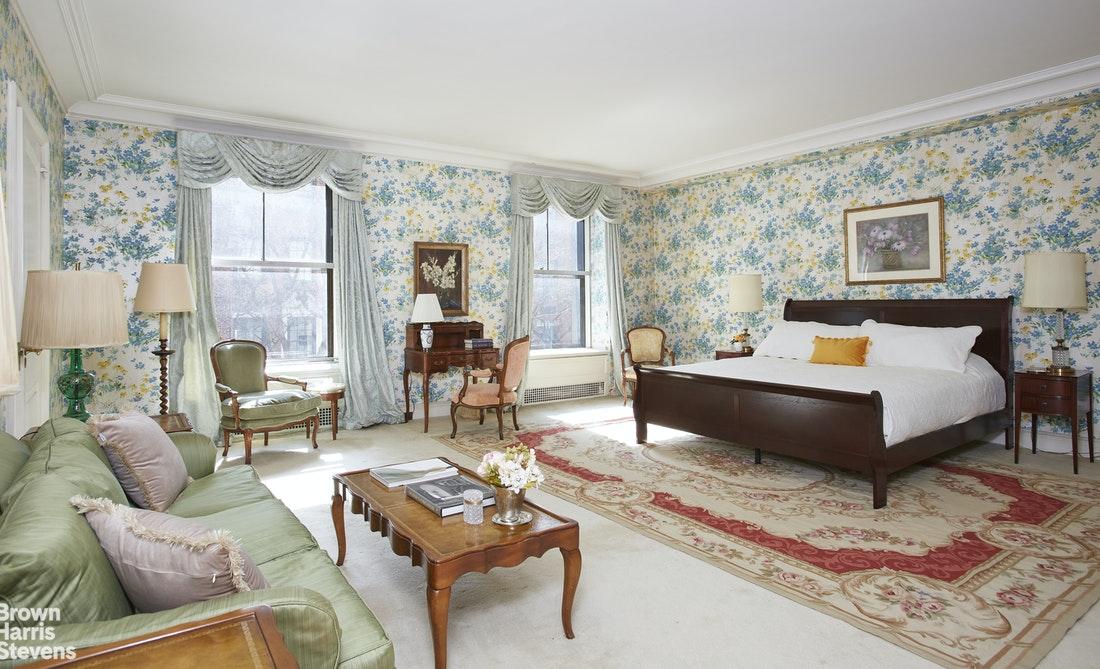 740 Park Avenue Interior Photo