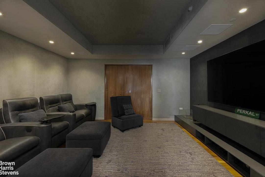 151 West 21st Street Interior Photo