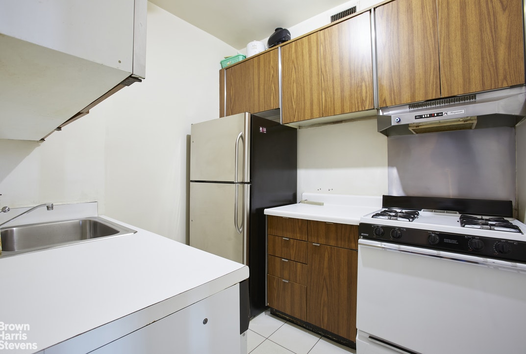 Apartment for sale at 58 West 58th Street, Apt 30B