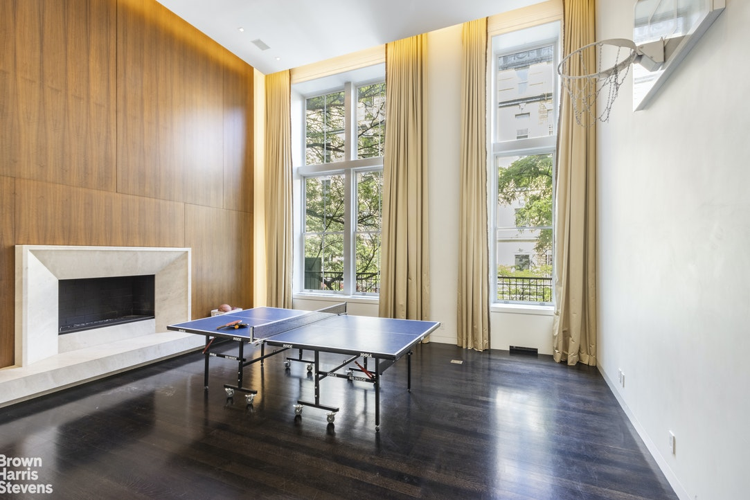 162 East 92nd Street Interior Photo