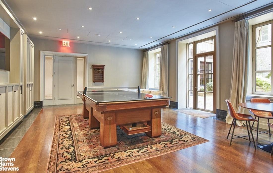 135 East 79th Street Interior Photo