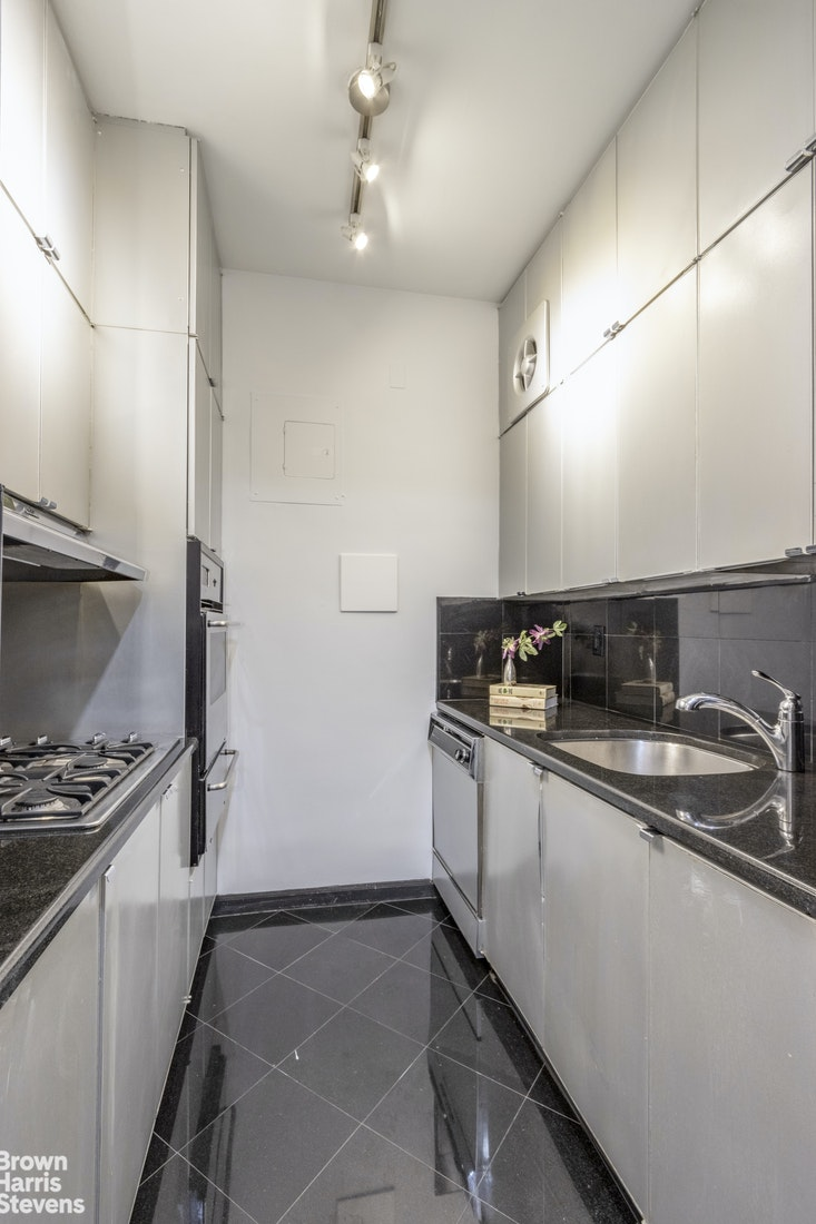 Apartment for sale at 785 Fifth Avenue, Apt 5A