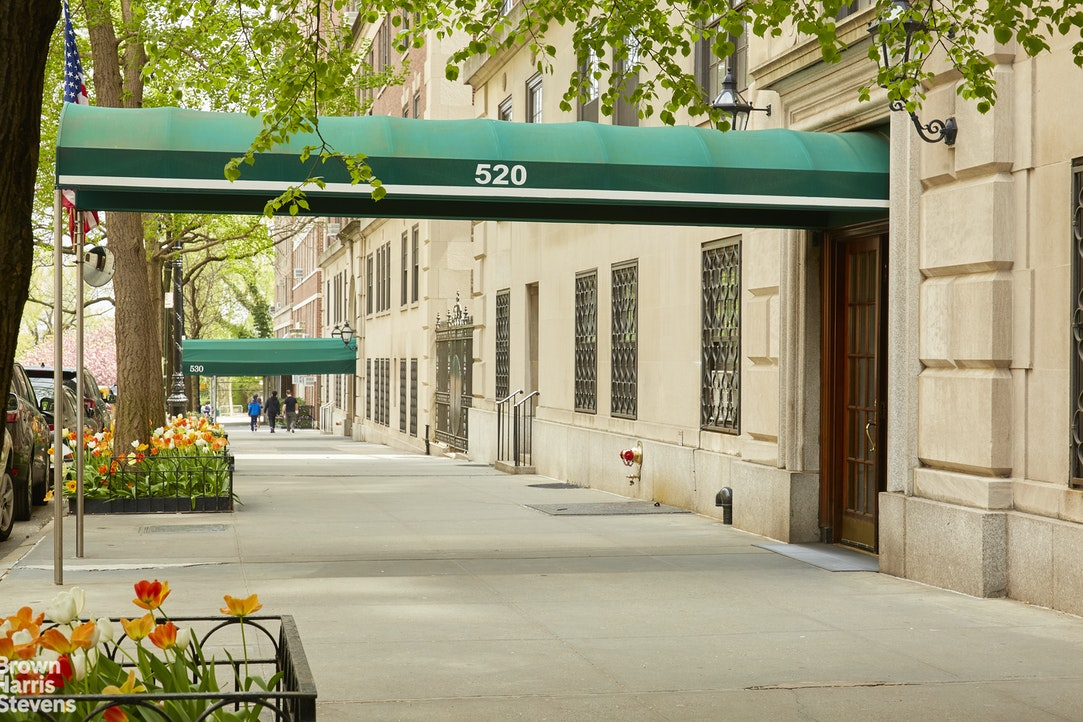 Apartment for sale at 520 East 86th Street, Apt 8C
