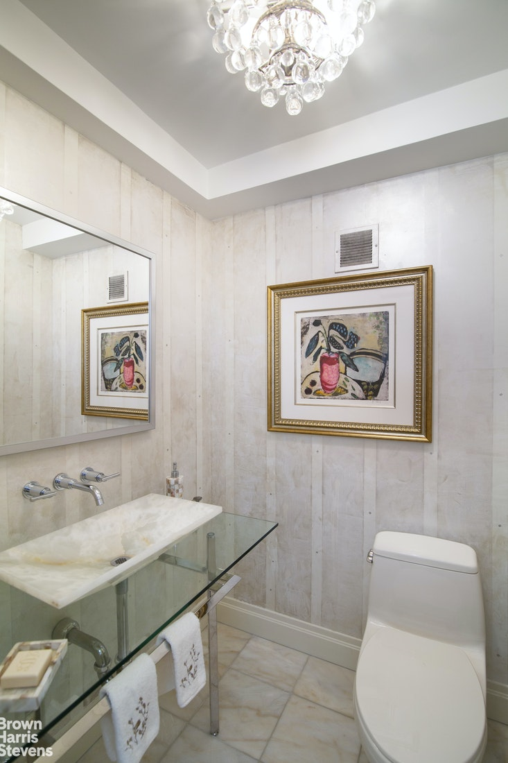 Apartment for sale at 200 East 57th Street, Apt 18K