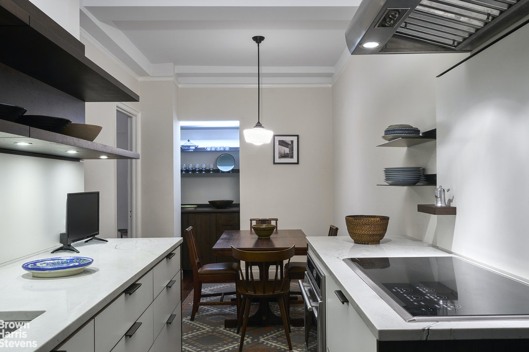 435 East 57th Street Sutton Place New York NY 10022
